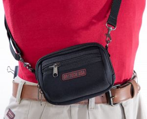 Medium and Large pouches come with a removable webbing strap